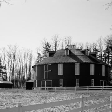Calvin Neff Round Barn